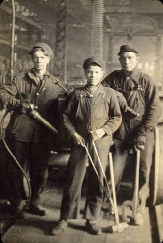 three Haskell-Barker workers
