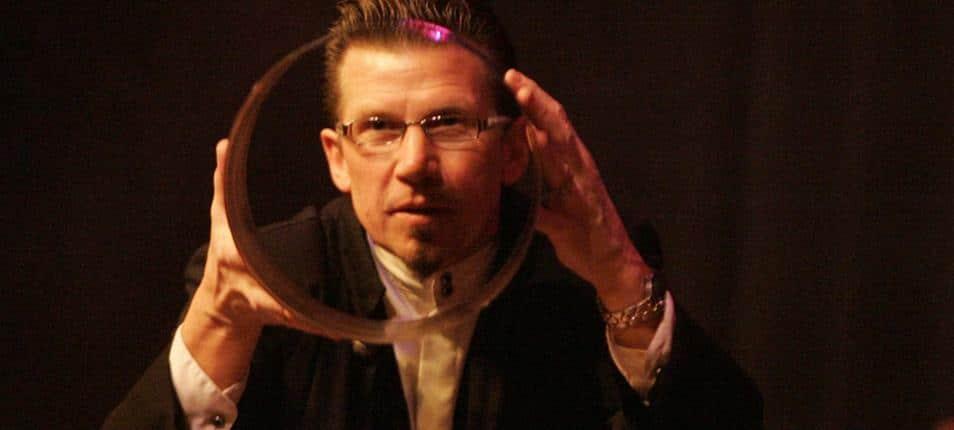 Matt Kalita magician