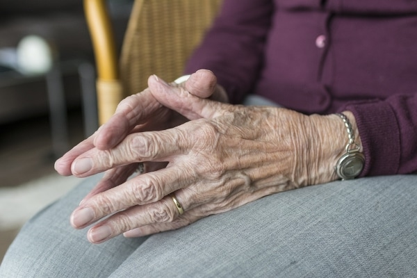 hands of elderly woman